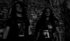 AU CHAMP DES MORTS join forces with Debemur Morti Productions